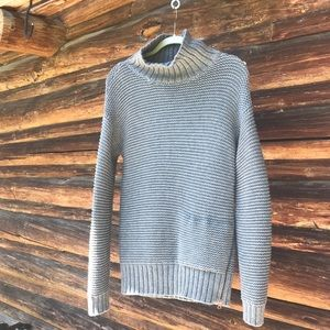Oversized lululemon pullover sweater